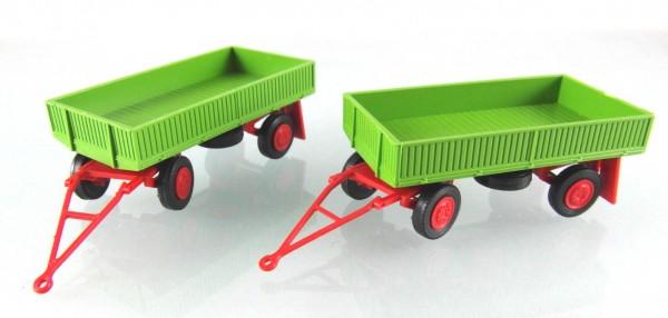 """2 Stück Landwirtschaftlicher Anhänger der DDR. Typ IFA E5 mit Metallpritsche """"Fortschritt-Grün"""""""