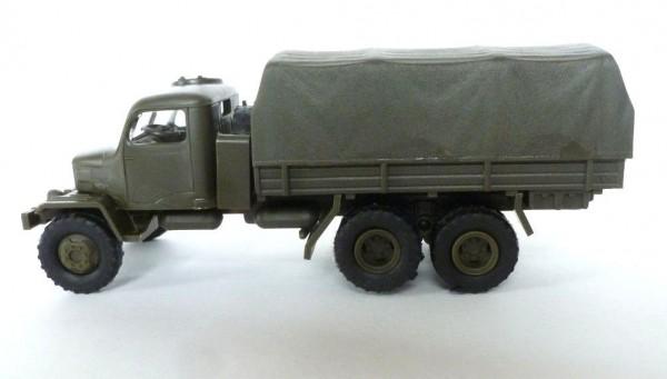 Praga Lkw V3S mit Plane militärgrün. Bausatz!