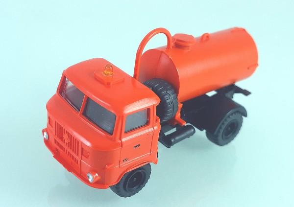 TT: FG000353 W50L mit Tankaufbau und Ballonbereifung. Kabine orange BVB- Kleinserienmodell