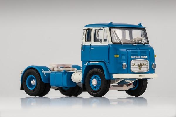 Scania LB 7635 hellblau-weiß, Felge mit Trittkranz