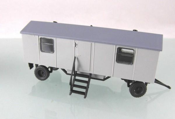 Bauwagen Typ A8 mit 4 Fenstern. Grau