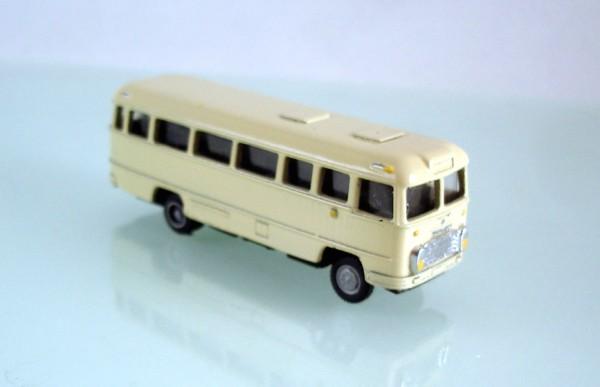 TT: FG000309 Omnibus Ikarus 31. Vorserie, Kleinserienmodell aus Resin in beige