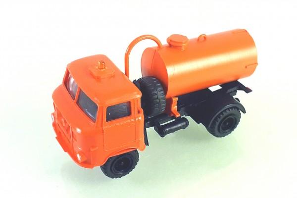 TT: FG000350 W50L mit Tankaufbau und Ballonbereifung. Kabine orange - Kleinserienmodell