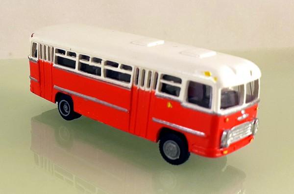 TT: FG000312 Omnibus Ikarus 31 Falttüren. Vorserie, Kleinserienmodell aus Resin in ws / orangerot