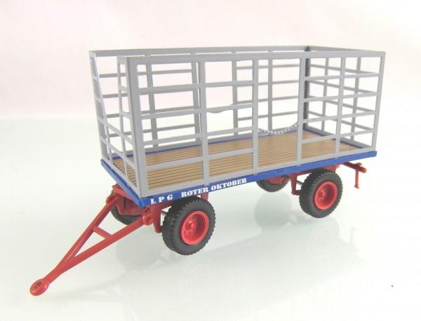 Landwirtschaftlicher Anhänger Heutransport, messingeätzter Aufbau - LPG ROTER OKTOBER-