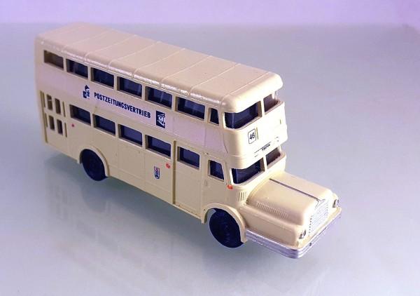 TT: 24200062 Doppelstockbus DO56 neutral beige, Beschriftung: Postzeitungsvertrieb -portofrei-