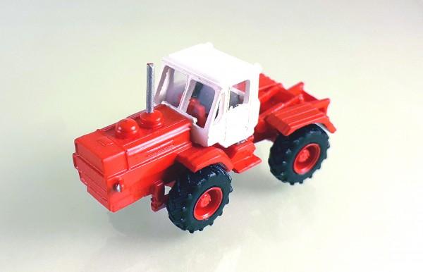 TT: 24200051 Traktor T-150K -Kleinserienmodell- rot / weiß