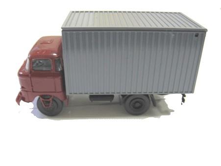 LKW W50 Kofferaufbau