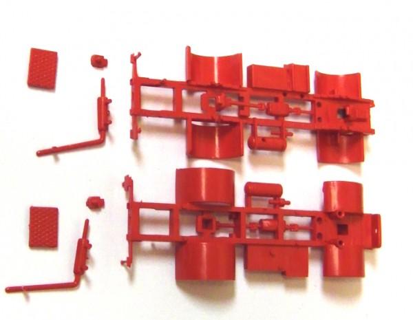 2 Stück Fahrgestell für W50L in rot