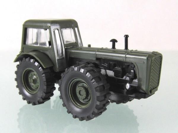 """Traktor Dutra D4K """"NVA""""-Nationale Volksarmee der DDR"""