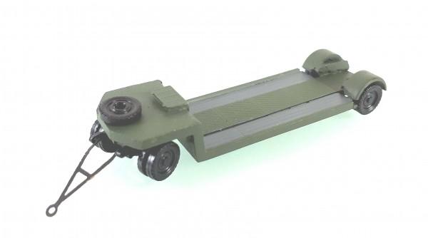 TT: 24200057 Tieflade- Schwerlastanhänger TL12 in NVA - Armee. Kleinserienmodell