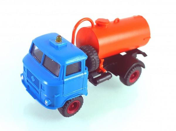 TT: FG000351 W50L mit Tankaufbau und Ballonbereifung. Kabine blau - Kleinserienmodell