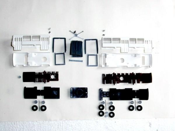 Bausatz Ikarus 280 Gelenkbus weiß