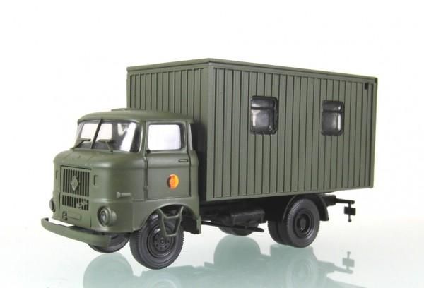 LKW W50L KüFaT der Küchenfahrzeug der NVA