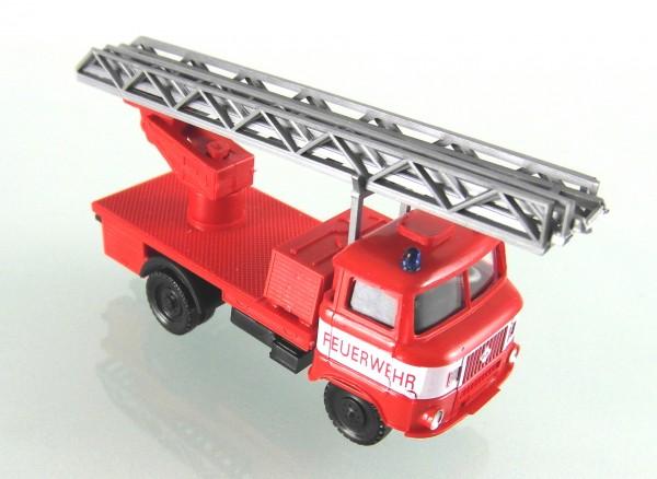 IFA W50 Feuerwehr Drehleiter mit weißer Bauchbinde