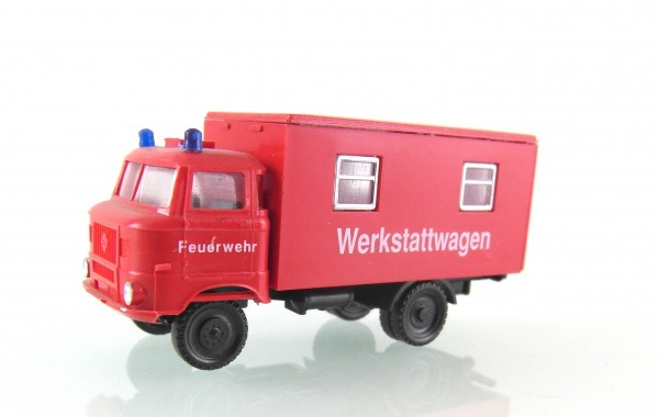 TT: W50L Werkstattkoffer der Feuerwehr