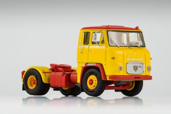 Scania LB 7635 gelb-rot, verlängerte Kabine mit Seitenfenster