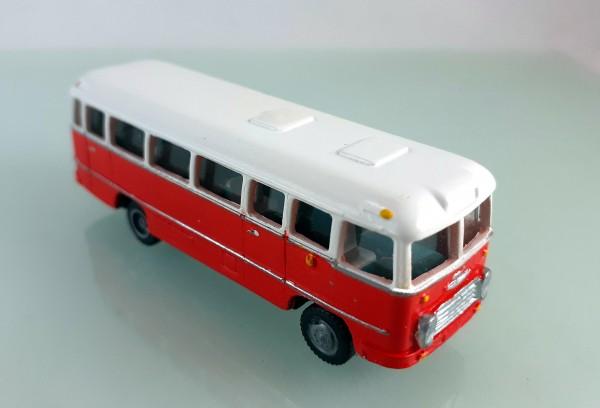 TT: FG000311 Omnibus Ikarus 31. Vorserie, Kleinserienmodell aus Resin in weiß / orangerot