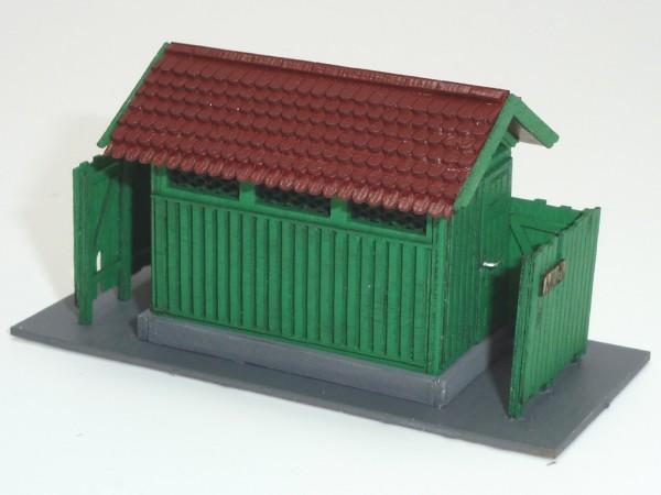 """Bausatz """"Ländliches Toilettenhäuschen"""", Holzbauweise"""